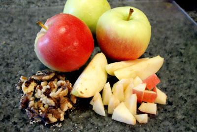 665dda4b48a7 salad-apples-nuts